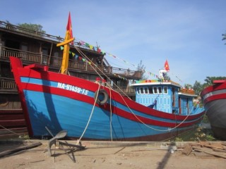 Tàu cá vay vốn theo NĐ 67 của Nghệ An chuẩn bị ra khơi
