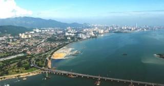 Từ Iskandar, nhìn ra khu vực