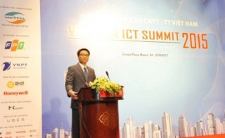 Khai mạc Diễn đàn cấp cao CNTT-TT Việt Nam 2015