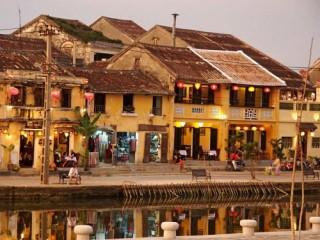 Về phố cổ xem võ Việt, làm ngư dân