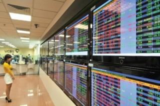 Chứng khoán sáng 12/6: ROS bùng nổ, VN-Index vượt mốc 750 điểm