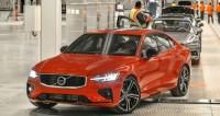 Volvo S60 2019 có giá từ 35.800 USD