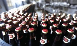 """Người Thái """"liều ăn nhiều"""" với bia Việt"""
