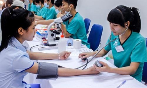 Tạo đột phá, huy động tư nhân đầu tư vào y tế