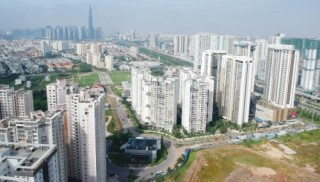 DN bất động sản tái cơ cấu