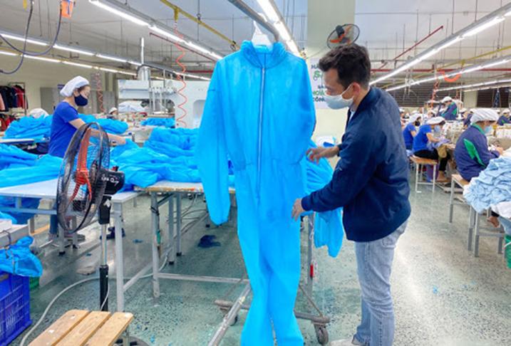 IFC thúc đẩy năng lực sản xuất thiết bị bảo vệ cá nhân của Việt Nam