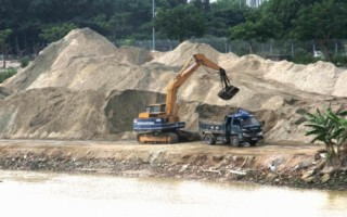 Điêu đứng với cát xây dựng