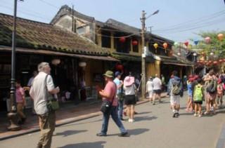 Phát triển du lịch góp phần bảo tồn di sản