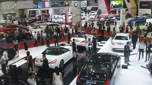 Thị trường ô tô tháng 6/2018: Xe nhập khẩu giảm 24% so với tháng trước