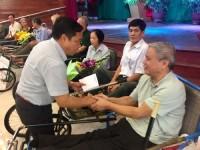 Công đoàn Cơ quan NHNN Trung ương thăm và tặng quà thương bệnh binh
