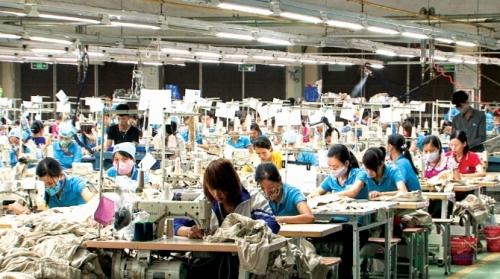 Doanh nghiệp băn khoăn chi phí lao động