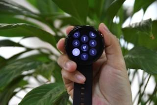Viettel là nhà mạng đầu tiên thử nghiệm thành công eSIM trên đồng hồ thông minh