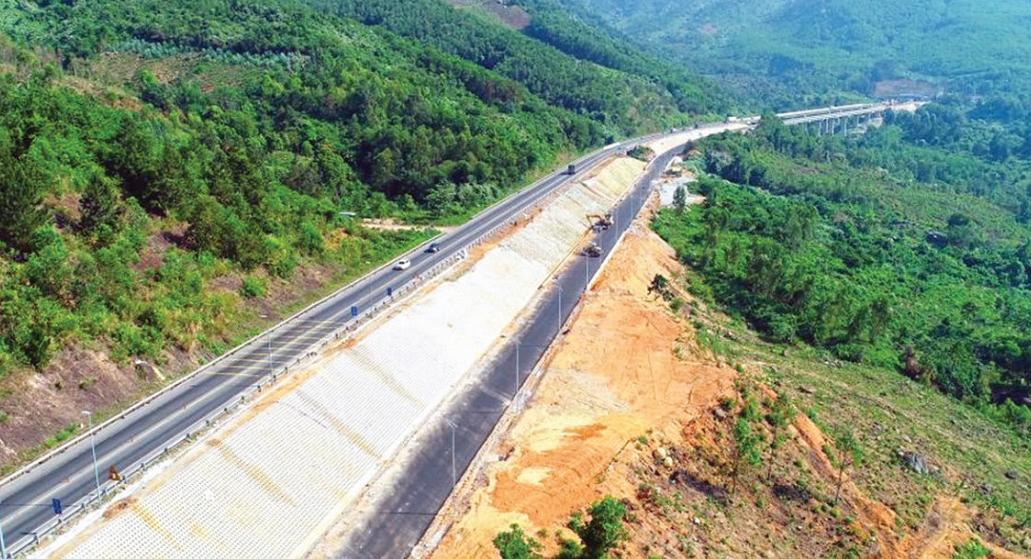 Nỗ lực đưa hầm đường bộ Hải Vân 2 vào vận hành