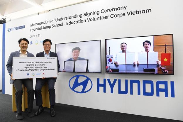 Tập đoàn ô tô Hyundai triển khai Chương trình tình nguyện giáo dục dành cho sinh viên Việt Nam