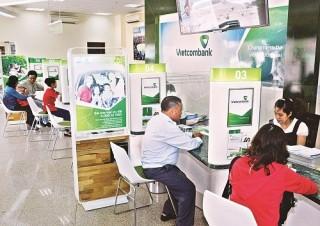 Vietcombank chi nhánh Vinh: Giữ lấy khách hàng