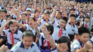 Hà Nội: Học phí trường công lập sẽ tăng từ 25% - 33% từ năm học 2016 - 2017