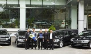 20 chiếc BMW Series 7 và Series 5 gia nhập Five Star Limousine SG
