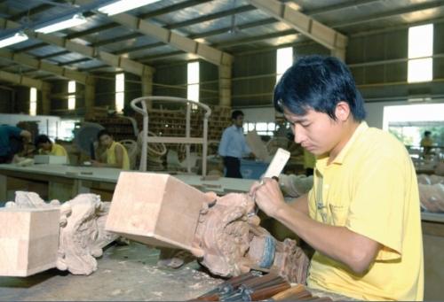 Sản xuất gỗ: Thu hút nhiều nhà đầu tư ngoại
