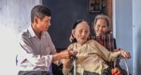 Tri ân người có công: Thận trọng nhưng đừng chậm trễ