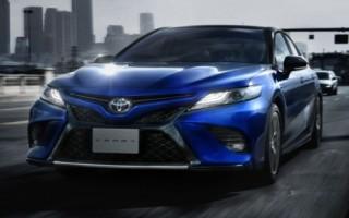 Toyota Camry phiên bản thể thao có giá từ khoảng 775 triệu đồng