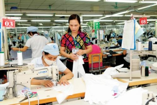 Hàng dệt may vào thị trường Hàn Quốc: Cơ hội vươn lên dẫn đầu