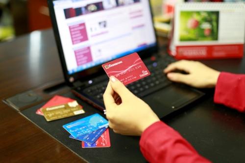 Bùng nổ khuyến mại sản phẩm dịch vụ thẻ Agribank