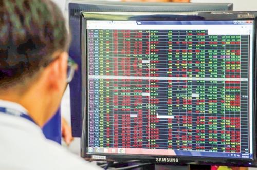 Cổ phiếu rớt giá, khối ngoại tranh thủ mua vào