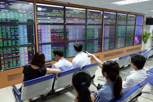 """Cổ phiếu ngân hàng nhỏ sẽ """"nổi sóng"""" giai đoạn 2019 – 2021"""