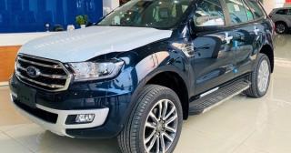 Ford Everest giảm 200 triệu đồng