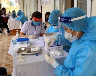 Việt Nam ghi nhận thêm 7.623 ca mắc mới COVID-19 trong ngày 4/8