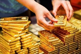 Thị trường vàng ngày 24/8: Điều chỉnh nhẹ sau khi vượt ngưỡng cản 1.800 USD/oz