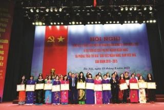 """Công đoàn Ngân hàng Việt Nam: Ngời sáng những tấm gương """"hai giỏi"""""""