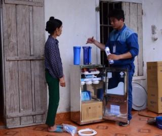 Trao tặng 75 triệu lít nước tinh khiết cho vùng khó khăn