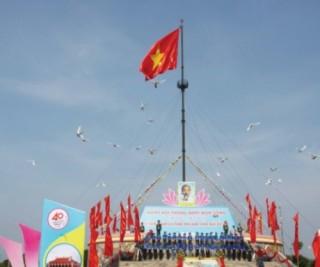 Thiêng liêng ngọn quốc kỳ nơi giới tuyến