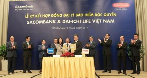Sacombank hợp tác độc quyền với Dai-ichi Life Việt Nam