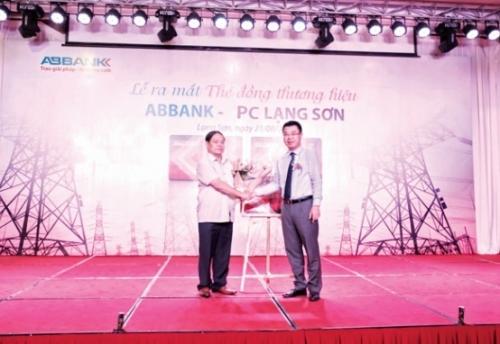 Ra mắt thẻ đồng thương hiệu ABBANK PC Lạng Sơn