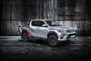 Toyota giới thiệu phiên bản kỉ niệm 50 năm ra mắt bán tải Hilux