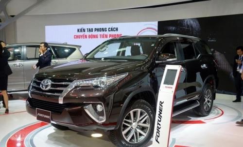 Top 10 xe bán chạy nhất tháng 8/2018: Toyota Fortuner trở lại