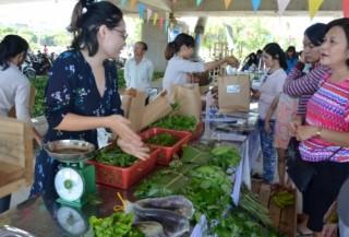 Thực phẩm sạch từ những phiên chợ nông dân
