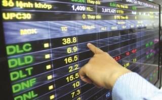 Cổ phiếu ngân hàng đảo chiều, VN-Index giảm nhẹ