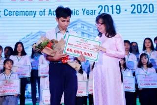 10 tỷ đồng học bổng dành cho sinh viên Đại học Đông Á