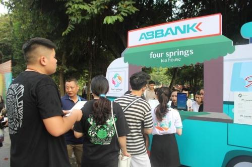 Ngân hàng chạy đua đầu tư ngân hàng số