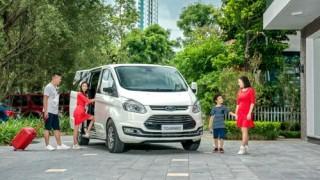 Cận cảnh Ford Tourneo có giá từ 999 triệu đồng