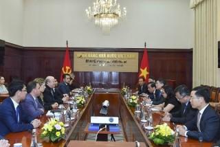 Thống đốc NHNN Lê Minh Hưng tiếp Đoàn đánh giá đa phương APG