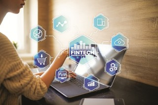 Nhân lực tài chính - ngân hàng thời 4.0: Thay đổi tư duy, cách thức quản trị