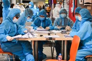 Việt Nam ghi nhận 9.373 ca mắc mới COVID-19 trong ngày 18/9