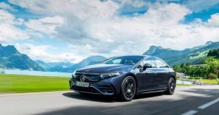 Mercedes-Benz EQS 2022 có giá từ 102.310 USD