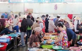 Chợ truyền thống tồn tại nhiều bất cập
