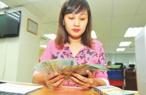 Đánh thuế tiền lãi tiết kiệm: Sao cho khéo, cho vừa?
