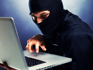 Lợi dụng mạng xã hội để lừa đảo